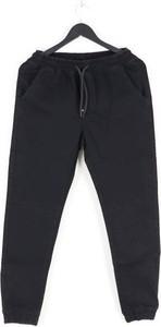Czarne spodnie Moro Sport w militarnym stylu