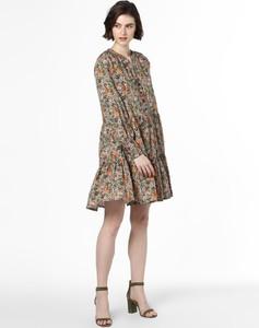 Sukienka Y.A.S w stylu casual z dekoltem w kształcie litery v z długim rękawem