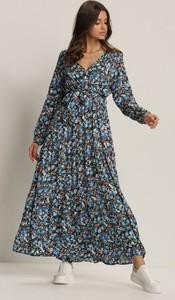Sukienka Renee maxi z dekoltem w kształcie litery v