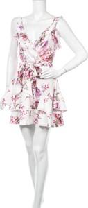 Sukienka Parisian z okrągłym dekoltem bez rękawów