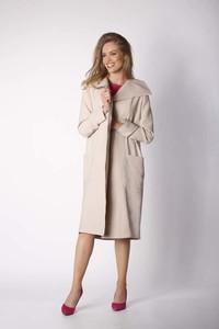 Różowy płaszcz Nommo