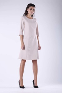 Sukienka Nommo w stylu casual oversize z okrągłym dekoltem