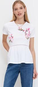 T-shirt Mohito z krótkim rękawem w młodzieżowym stylu z okrągłym dekoltem