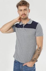 T-shirt born2be z krótkim rękawem