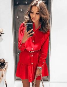 Sukienka magmac.pl z dekoltem w kształcie litery v w stylu casual mini