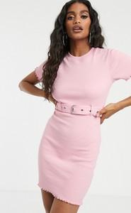Różowa sukienka Missguided mini z okrągłym dekoltem