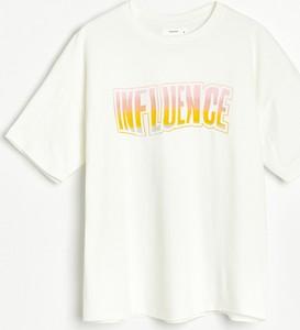 T-shirt Reserved w młodzieżowym stylu z bawełny z krótkim rękawem