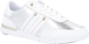 Sneakersy Tommy Hilfiger sznurowane z płaską podeszwą