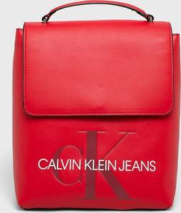 Czerwony plecak Calvin Klein ze skóry ekologicznej
