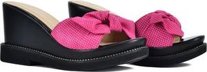 Różowe klapki DI LUSSO w stylu casual