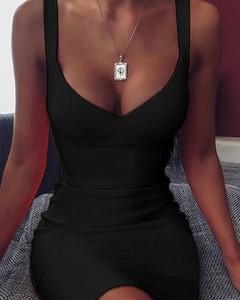 Sukienka Kendallme dopasowana