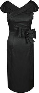 Czarna sukienka Fokus z tkaniny z krótkim rękawem midi