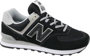 Czarne buty sportowe New Balance 574 w sportowym stylu