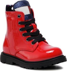 Czerwone buty dziecięce zimowe Tommy Hilfiger sznurowane