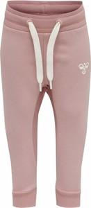 Różowe spodnie dziecięce Hummel