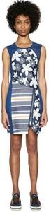 Niebieska sukienka Desigual w stylu casual z okrągłym dekoltem bez rękawów