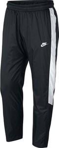Czarne spodnie sportowe Nike z dresówki