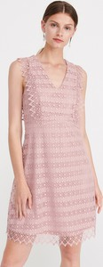 Różowa sukienka Reserved mini w stylu casual