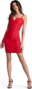 Czerwona sukienka Ivon ołówkowa mini z dekoltem w kształcie litery v