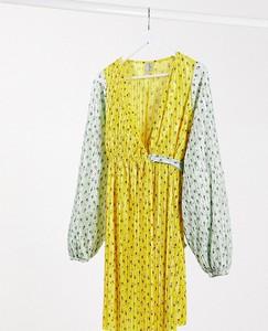 ASOS DESIGN Maternity – Plisowana kopertowa sukienka mini w drobne kwiaty-Biały
