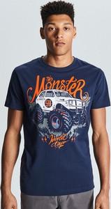 Granatowy t-shirt Cropp z nadrukiem