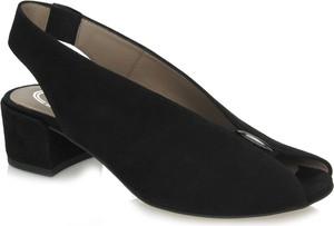 Czarne sandały 7mil