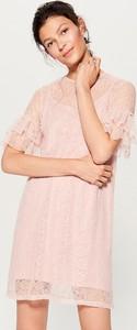 Sukienka Mohito w stylu boho mini z okrągłym dekoltem