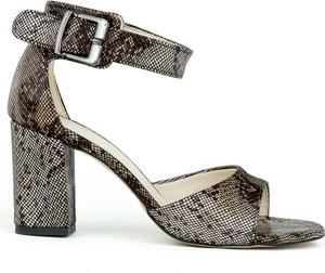 Sandały Zapato ze skóry na słupku z klamrami