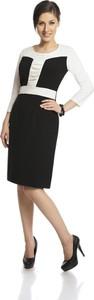 Czarna sukienka Fokus z okrągłym dekoltem w stylu klasycznym