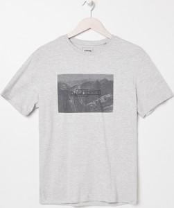 T-shirt Sinsay z bawełny z krótkim rękawem w młodzieżowym stylu