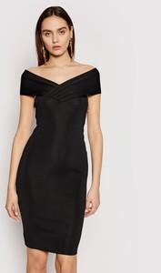 Sukienka Elisabetta Franchi z krótkim rękawem z dekoltem w kształcie litery v