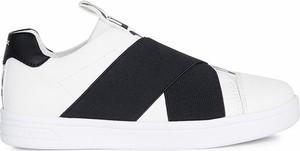 Buty sportowe Geox z płaską podeszwą ze skóry ekologicznej