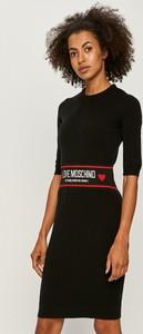 Sukienka Love Moschino z tkaniny
