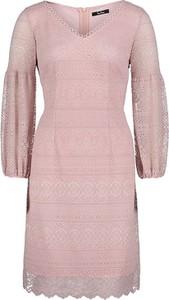 Różowa sukienka Vera Mont mini prosta