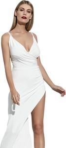 Sukienka La Belle Epoque z dekoltem w kształcie litery v