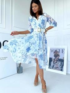 Niebieska sukienka Versada kopertowa z dekoltem w kształcie litery v w stylu casual