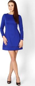 Niebieska sukienka sukienki.pl z okrągłym dekoltem
