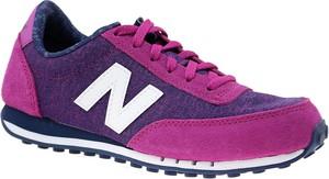 Buty sportowe New Balance z płaską podeszwą w młodzieżowym stylu z tkaniny