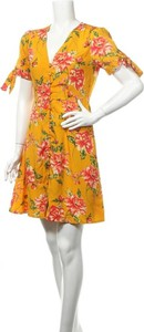 Żółta sukienka Neon Rose rozkloszowana mini