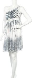 Sukienka Sweet Girl z okrągłym dekoltem mini