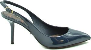Niebieskie czółenka Dolce & Gabbana na szpilce ze spiczastym noskiem