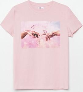 Różowy t-shirt Cropp z bawełny