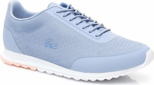 Niebieskie buty sportowe Lacoste z tkaniny w sportowym stylu na koturnie
