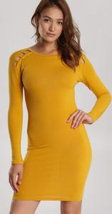 Sukienka Renee w stylu casual dopasowana mini