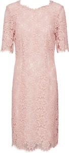 Sukienka Hugo Boss z bawełny z dekoltem w kształcie litery v midi