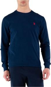 Niebieski sweter U.S. Polo w stylu casual z okrągłym dekoltem