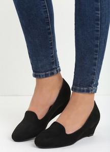 Czarne buty Multu z okrągłym noskiem
