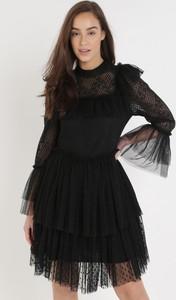 Czarna sukienka born2be z tiulu z długim rękawem mini
