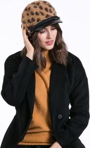Brązowa czapka Monnari