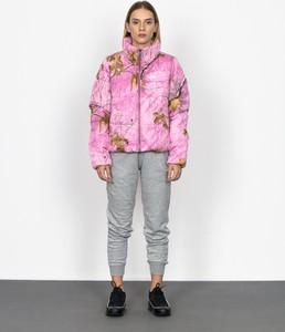 Różowa kurtka Vans z nadrukiem